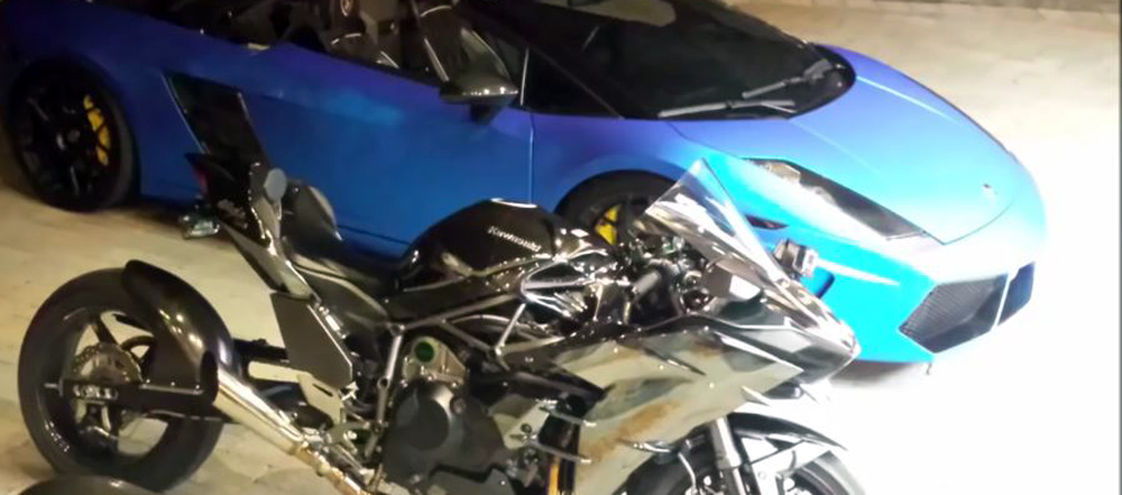 Lambo Gallardo With Insane Power Goes Illegal Racing Tuned Kawasaki Ninja H2