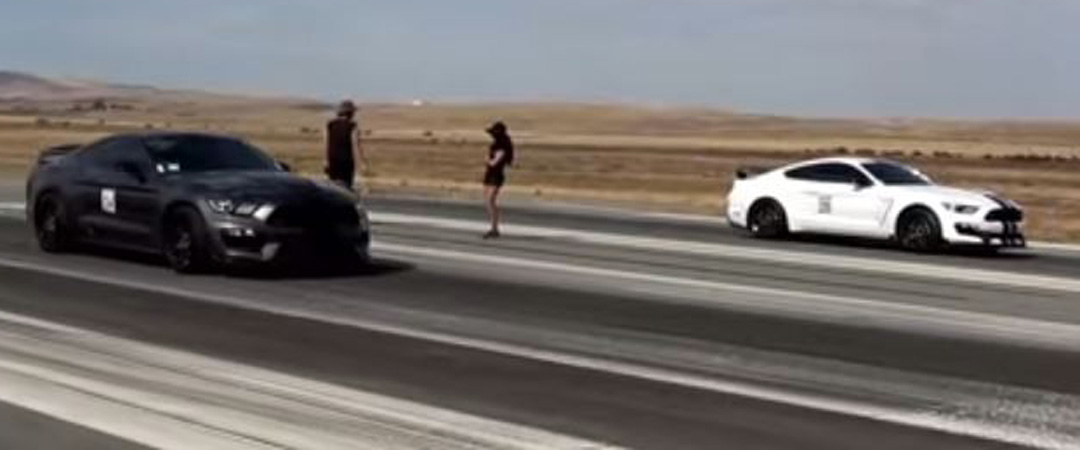 Epic Sounding Shelby GT350R Uses The Drag Strip To Show Off With The Siblings