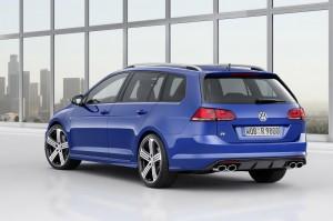 VW Golf R SportWagon 02