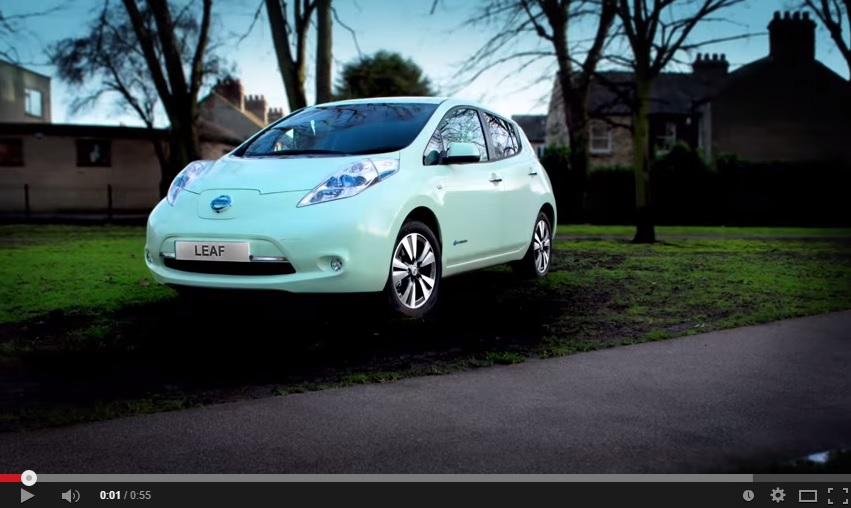 Nissan Revealed a Leaf That Glows In The Dark – Literally