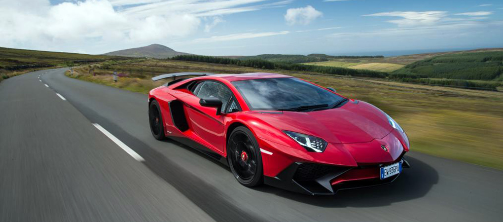 Incredibly Intense Footage Shows The Lambo Aventador SV On A Piece Of Unrestricted Road In The UK