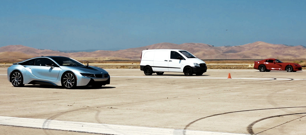 Edna Van Just Obliterated BMW i8 And Dodge Viper In A Drag Race