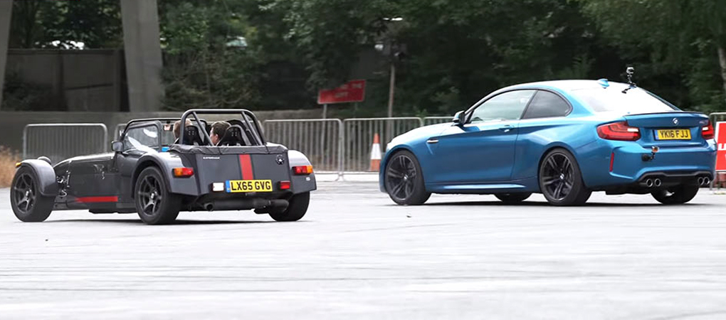 Reverse Drag Race Between Sports Jeep, Beemer, Caterham And Honda Is Exciting