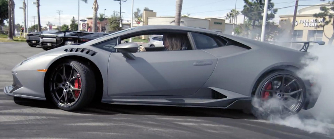 She Drifts The Huracan All Around The Lambo Dealership In A Way No One Ever Did